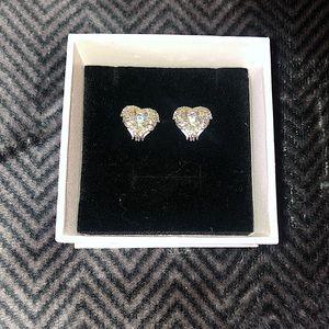 Swarovski crystal earrings 🌟